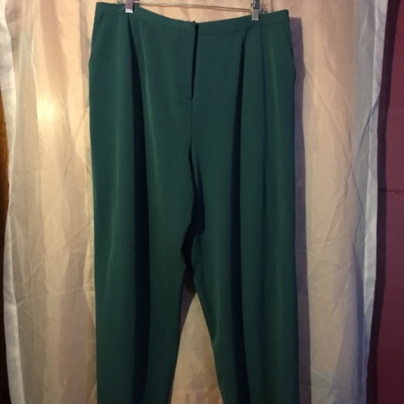 bc88fed8a7 Dialogue Green pants 20W